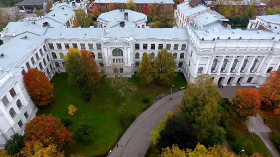 دانشگاه ملی پلی تکنیک سنت پترزبورگ
