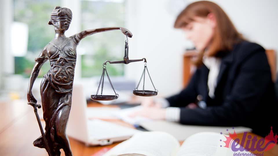 وکلای حقوقی الیت