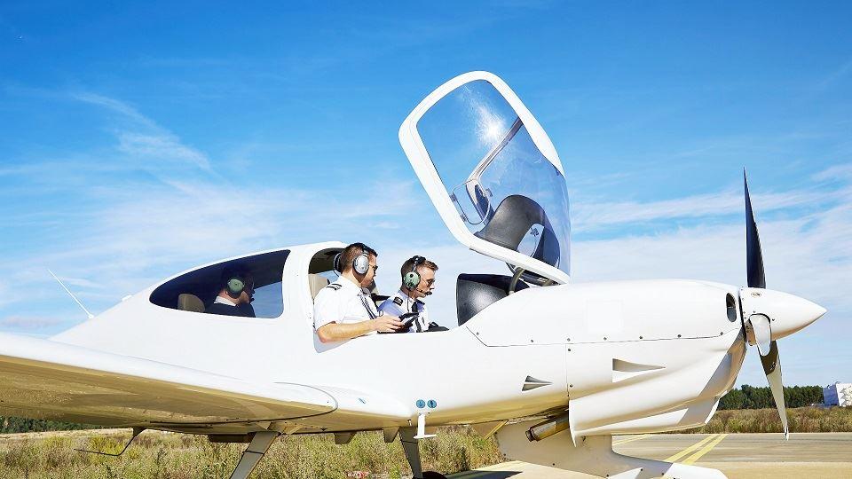 خلبانی و هوانوردی