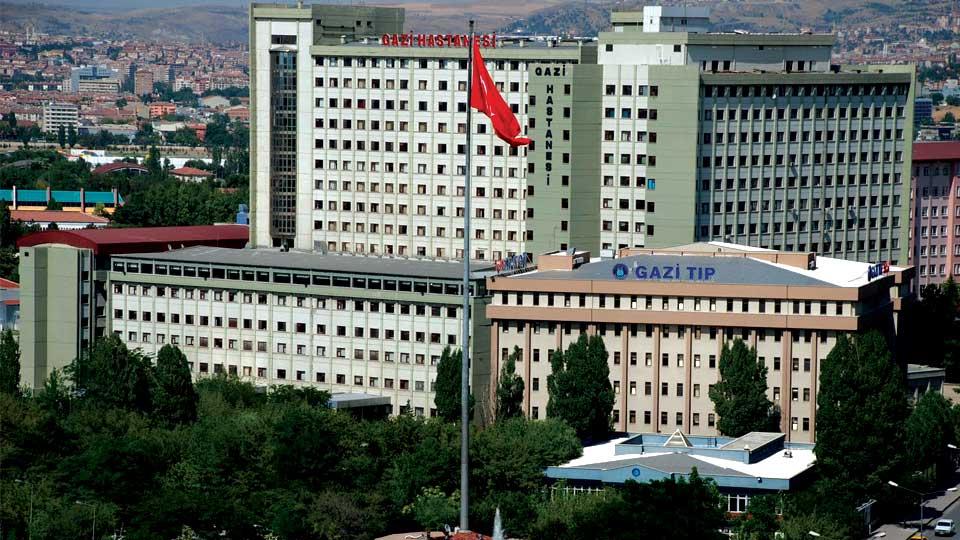 دانشگاه قاضی شهر آنکارا