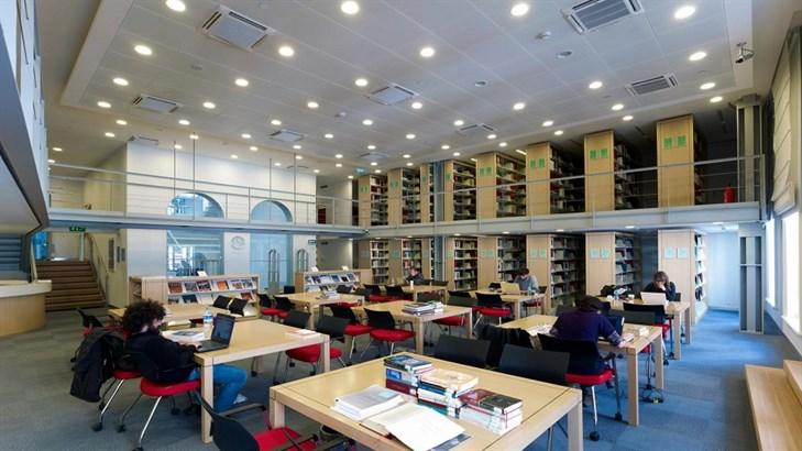 مرکز تحقیقات دانشگاه کوچ ترکیه