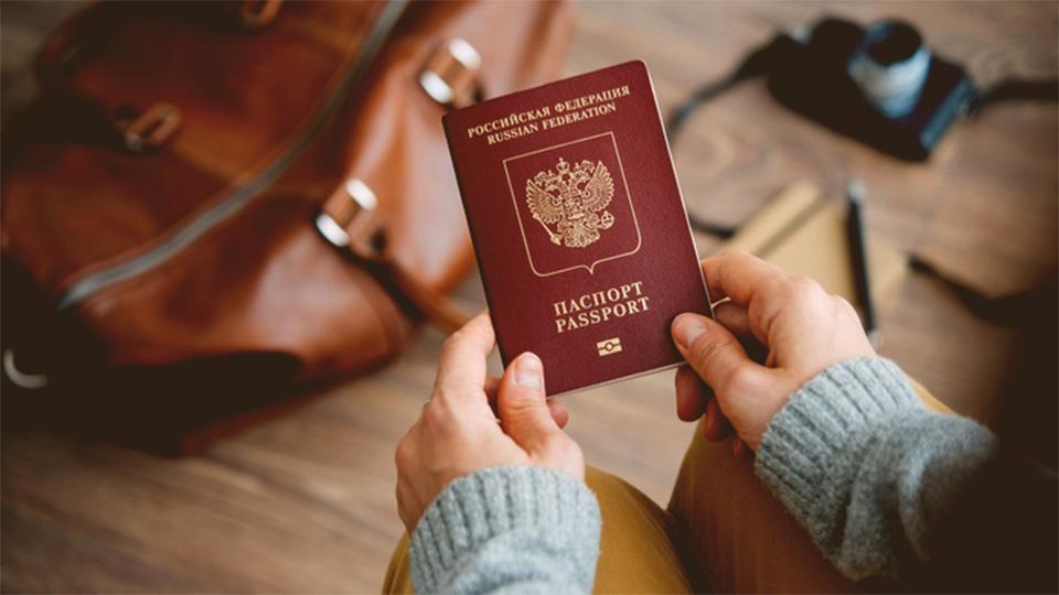 اخذ اقامت روسیه از طریق تولد