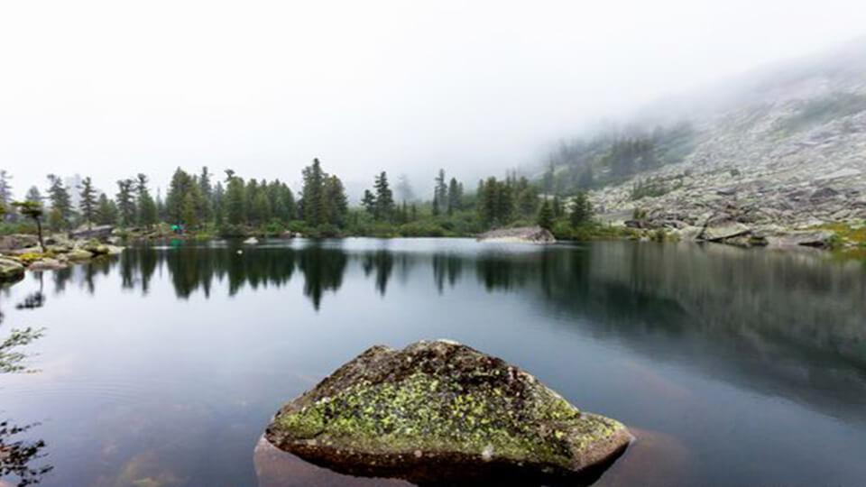 دریاچه ای در پارک ملی ارگاکی