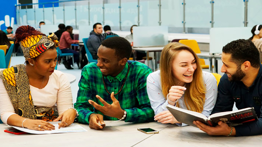 پذیرش دانشجویان خاورمیانه