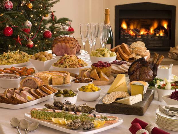 میز غذای مخصوص کریسمس در روسیه