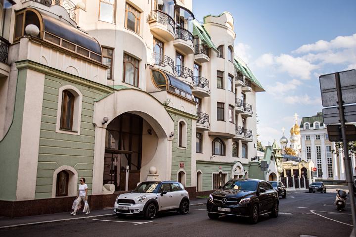 محله استوژنکا و گلدن مایل
