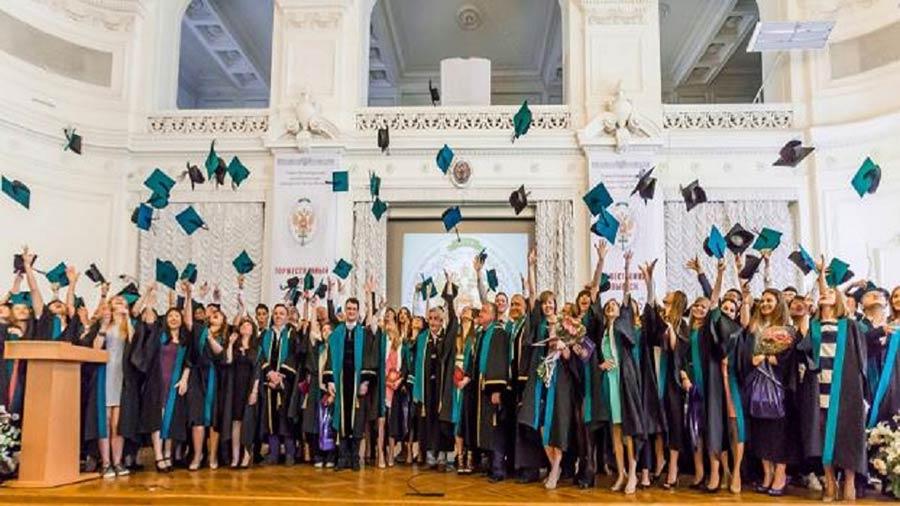فارغ-التحصیلان-دانشگاه-پلی-تکنیک-سنت