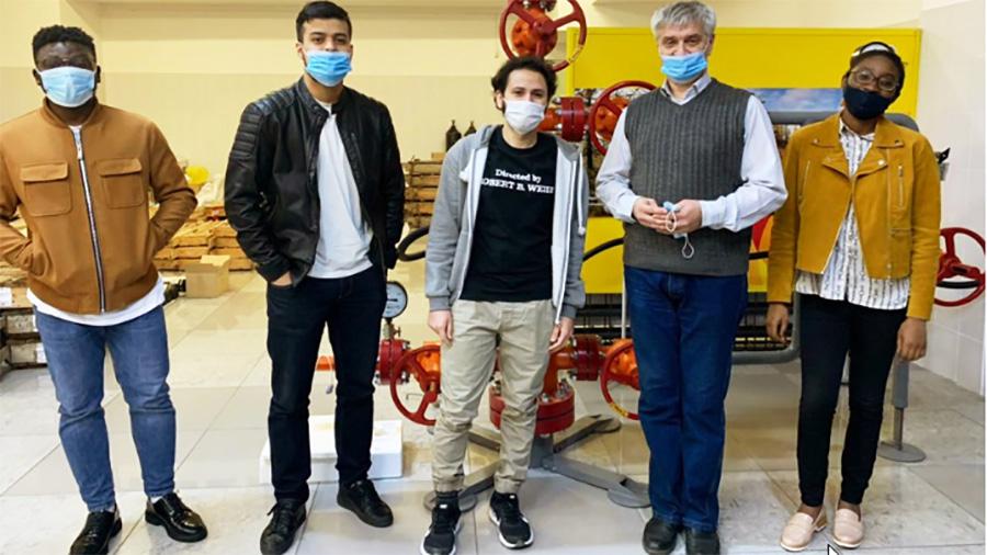 دفاع از پایان نامه دانشجویان نفت SibFU
