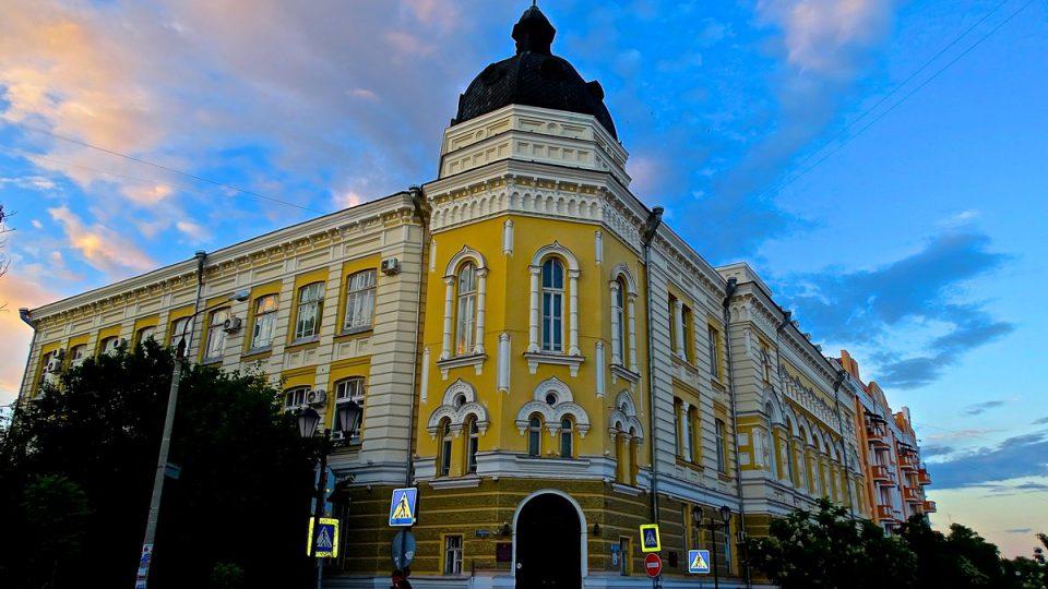 هنرستان دولتی آستاراخان (AGK) - تحصیل موسیقی روسیه